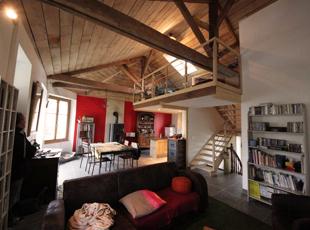 Ouverture des espaces et création d'une mezzanine