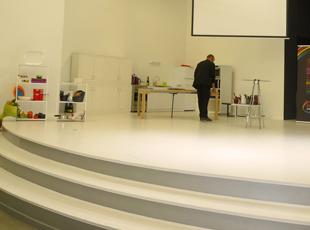 Transformation d'un bâtiment industriel en salle de spectacle